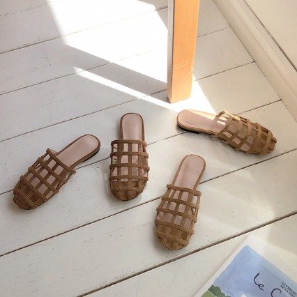 NO.821 slippers (1cm)